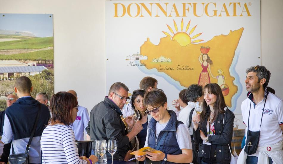 Cantine Aperte at Donnafugata